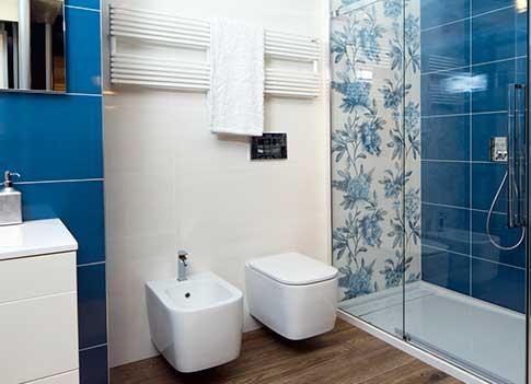 Termoarredo il calore per arredare il bagno con stile - Scaldasalviette da bagno ...